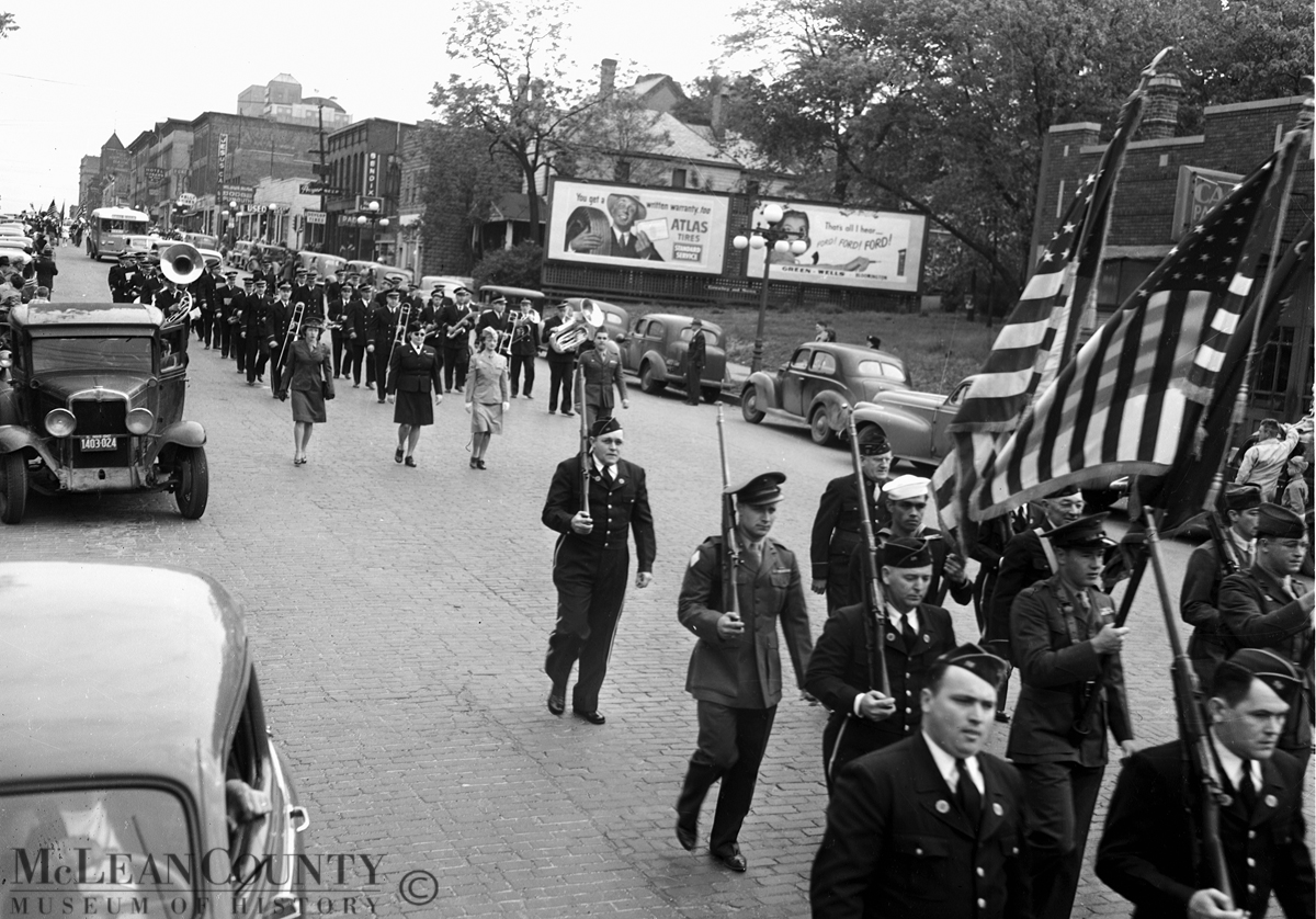 Bloomington Illinois 1947 Memorial Day parade heading south along the 200 and 300 blocks of South Main Street
