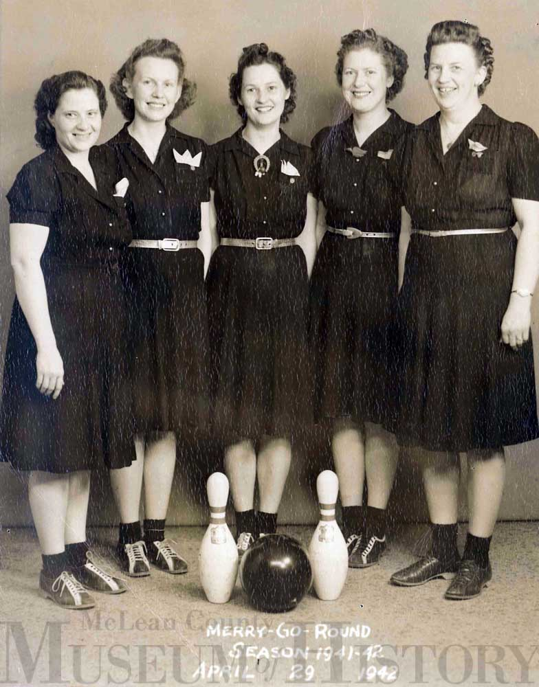 Women's Bowling club, 1942.