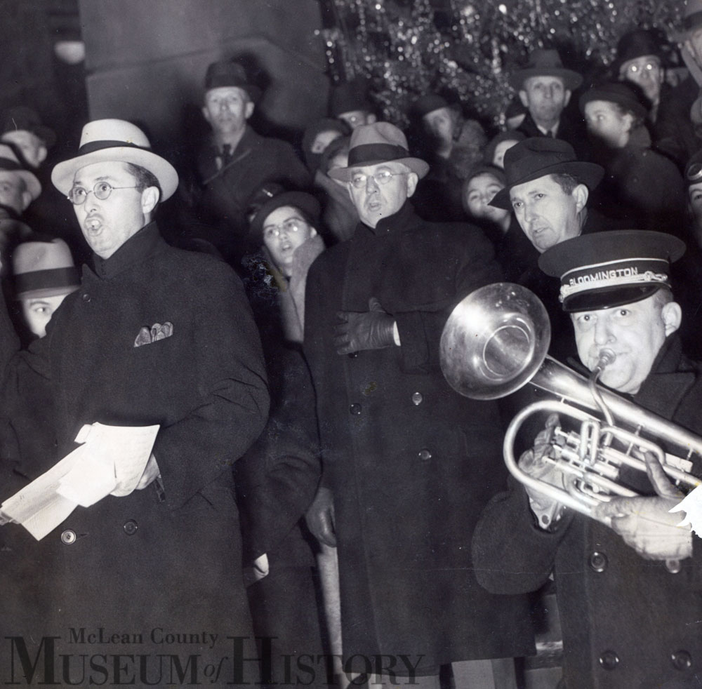 Courhouse Christmas Caroling, 1935.