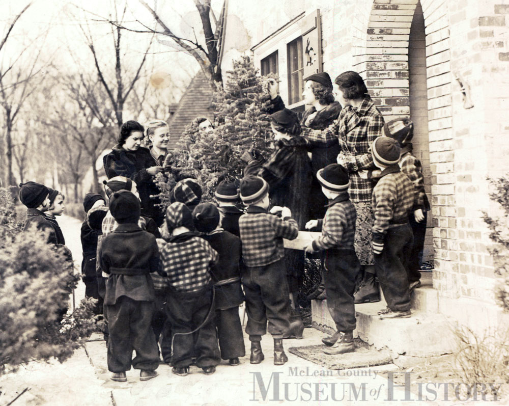 Illinois Soldiers' and Sailors' Children's School children, 1950.