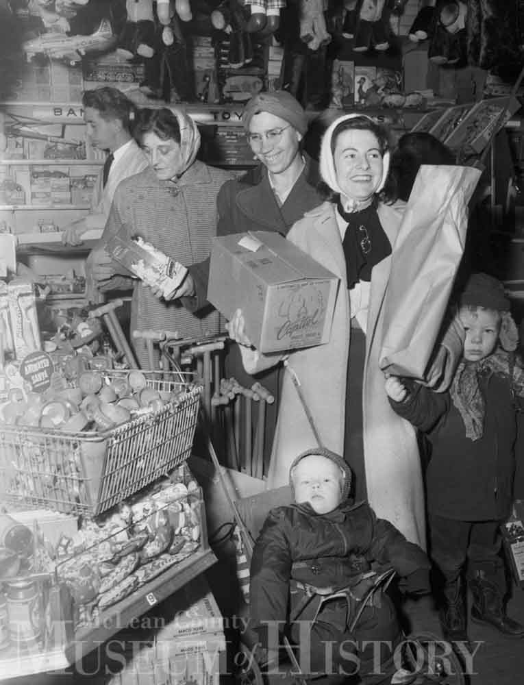 Christmas shoppers, 1953