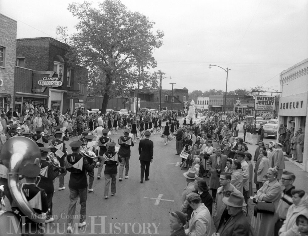ISU Homecoming parade, 1958.