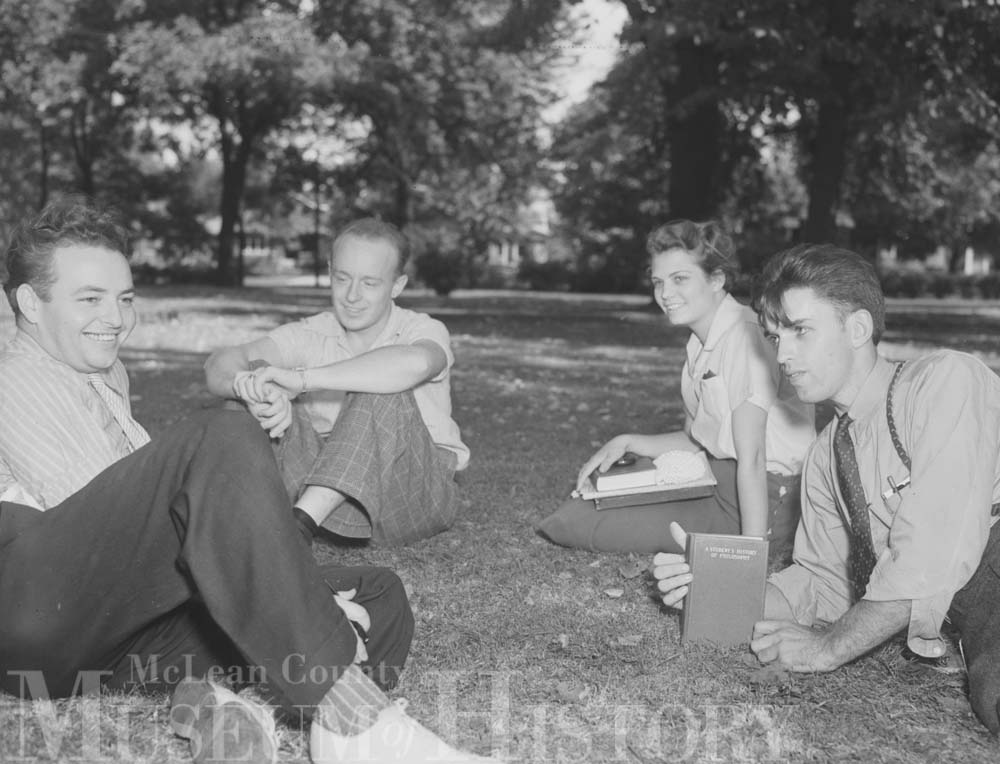 Group of friends on the Illinois Wesleyan University quad, 1938.
