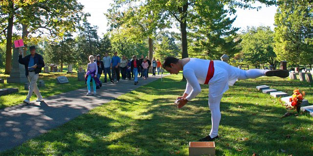 The Evergreen Cemetery Walk - Commemorating the Bicentennial of Illinois