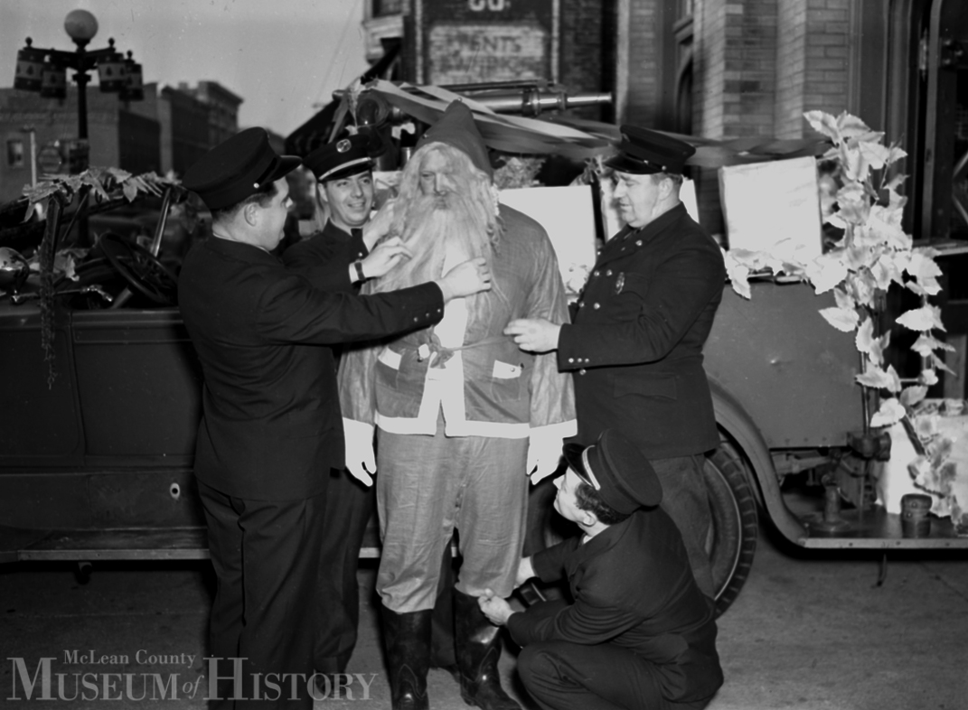 Bloomington Fire Department Gives Santa a Lift - Christmas Eve, 1940